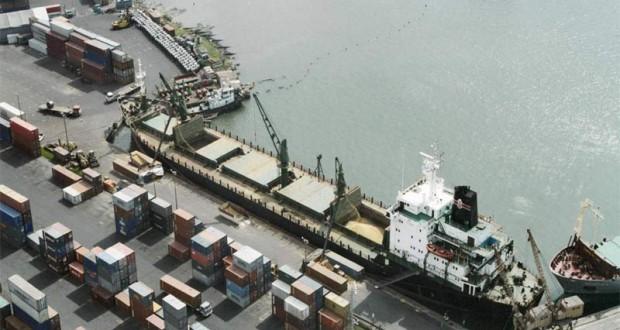 В апреле объемы отгрузок зерновых грузов портами России снизились в 1,6 раза