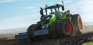Кубанский фермер стал первым в России обладателем трактора Fendt 1050 Vario